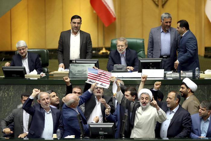 Trump nucleare Iran Twitter Diplomazia Elezioni